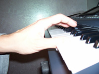 pollice-pianoforte